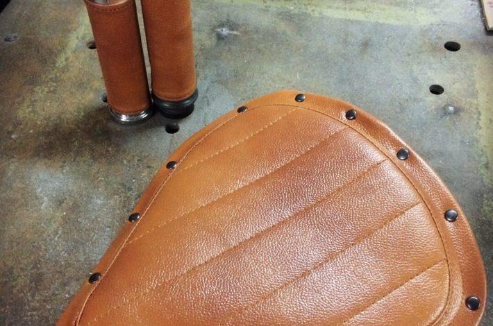 Изготовление седел, перетяжка сидений